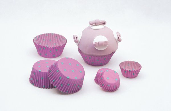 Dots Bon Ton Cake Cups Small 3 x 2cm 100
